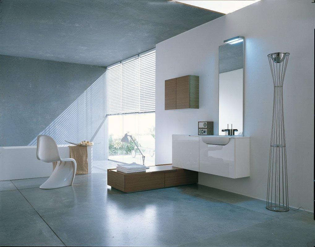 bathroom-pantone-chair1