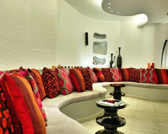 beautiful pillows Home Design Photos