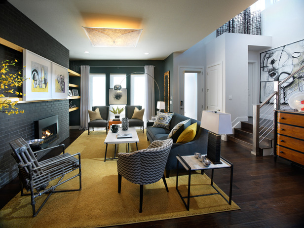 01-GH2011_Living-Room-Wide-Shot-From-Kitchen_s4x3_lg