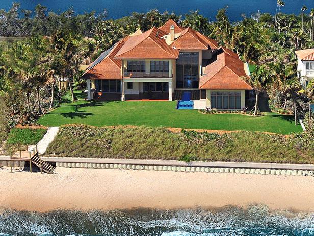 HMDRS-ss3_exterior-home-on-beach_lg