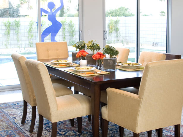 Contemporary dining room ideas by photos sri lanka home for Modern table centerpieces