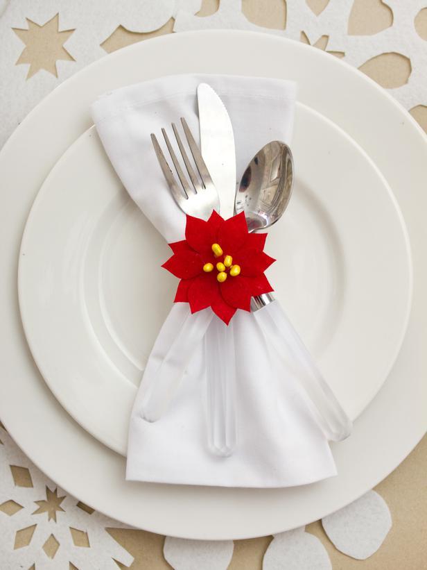 Original_Layla-Palmer-Holiday-Dining-Room-Ideas-Napkin-Ring_s3x4_lg