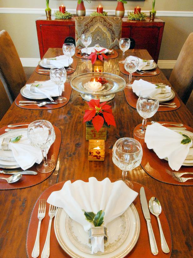 Original_Tara-Riceberg-Holiday-Guests-Table-Setting_s3x4_lg