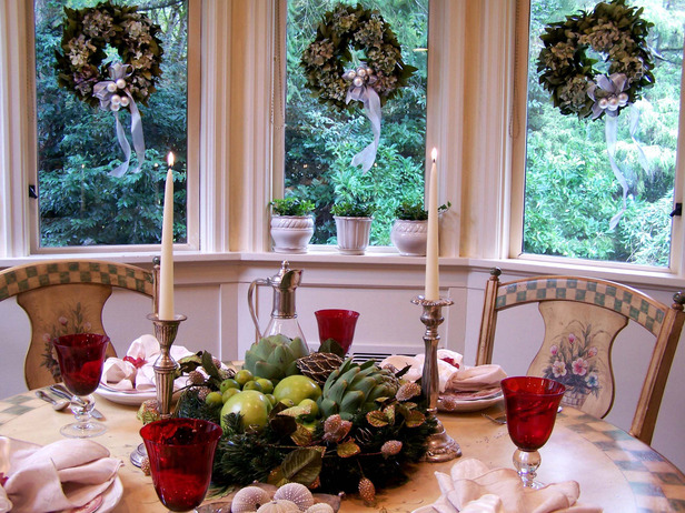 original_melissa-michaels-holiday-table-and-centerpiece_s4x3_lg