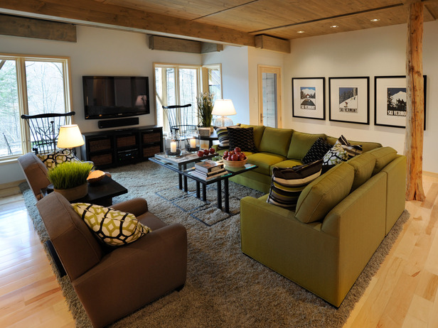 22-DH2011_living-area-seating-mountain-view_s4x3_lg