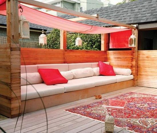 Large-Wood-Sofa-in-Beautiful-Garden-Furniture