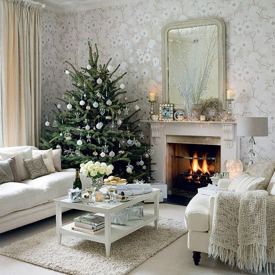 10 Beautiful Christmas Tree Decorating Ideas