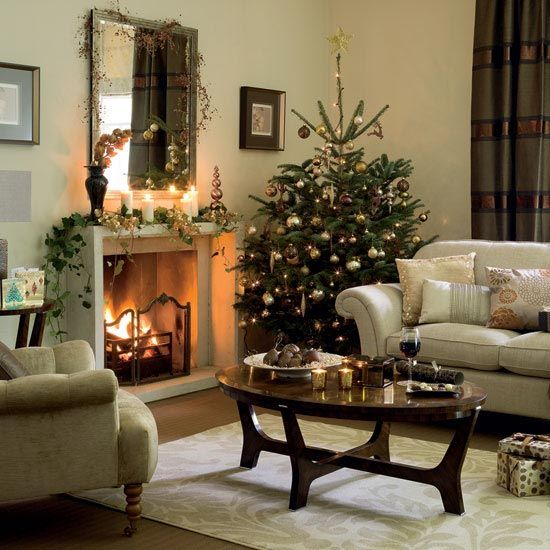 cool-christmas-tree-decorations