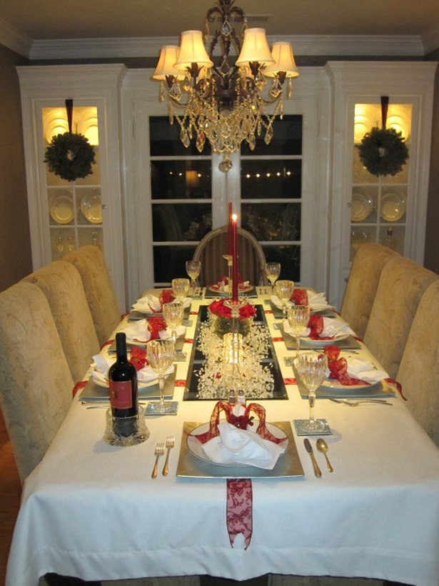 RMS-KeithC_holiday-table-settings_s3x4_lg